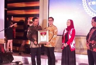 Alfamart meraih Indonesia Most Powerful Companies Awards kategori Retail Trade