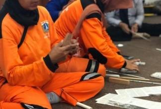 Hari Bumi, Alfamart Bekali 'Pasukan Oranye' Ilmu Daur Ulang Sampah
